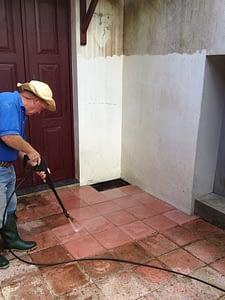 pressure washing tiles 3