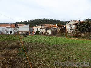 House for renovation in Góis area